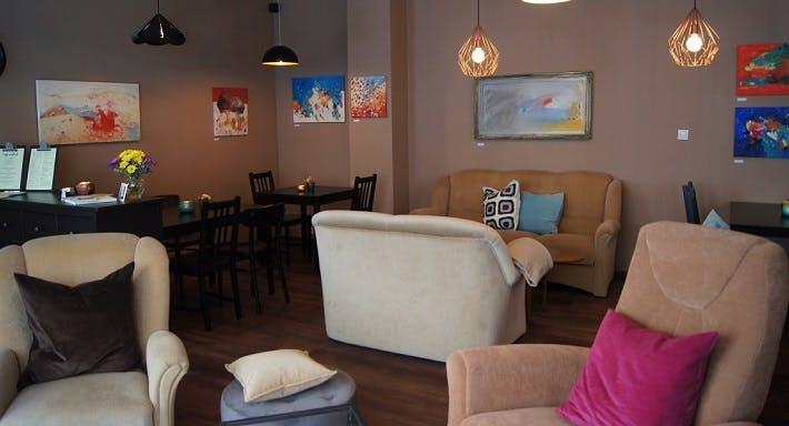 Café Mütlich Berlin image 2