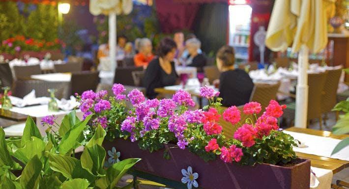 Alzer Garden Cafe Istanbul image 3