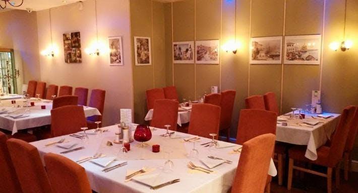 Tuana Restaurant London image 2