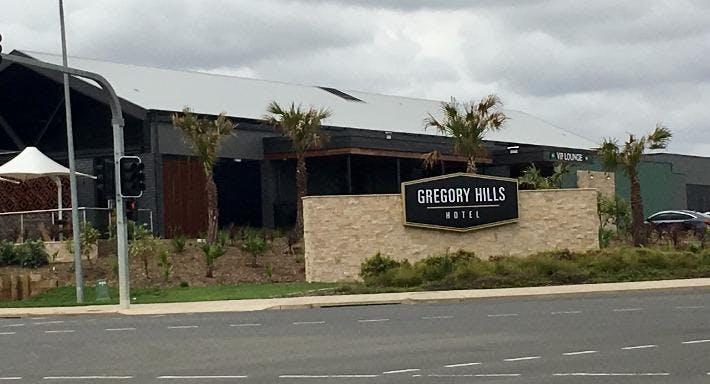 Gregory Hills Hotel Sydney image 3