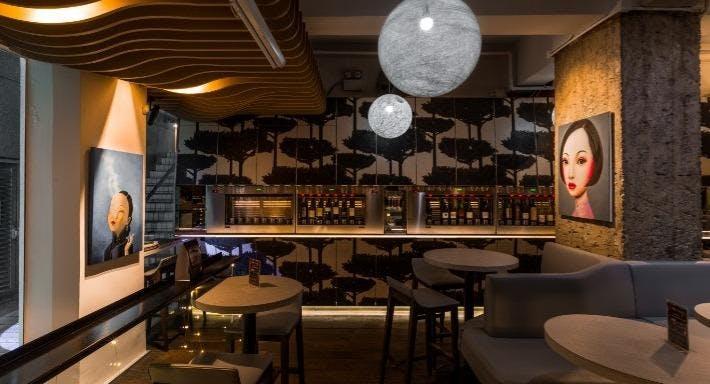 La Vin Wines Et Petite Cucina Hong Kong image 2