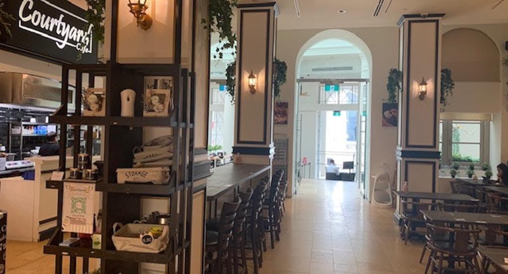 Courtyard Cafe & Lounge