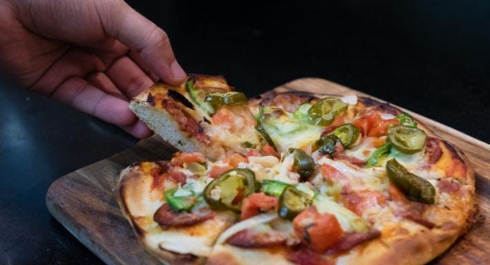Caruso's Gourmet Pizza & Italian Restaurant Sydney image 1
