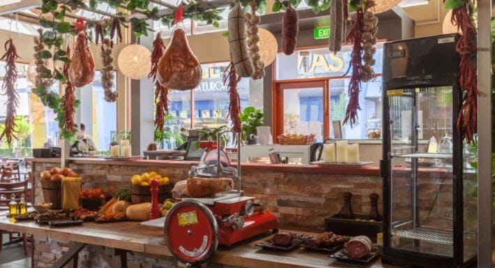 Paesano Italian Restaurant - Knox