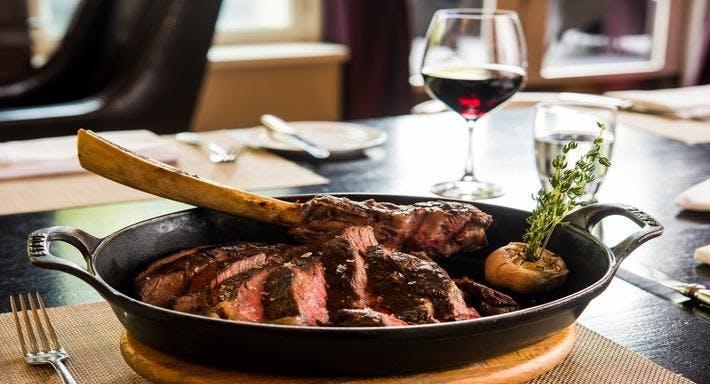 JW Steakhouse London image 3