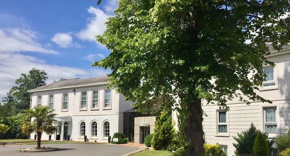 Manor of Groves Restaurant