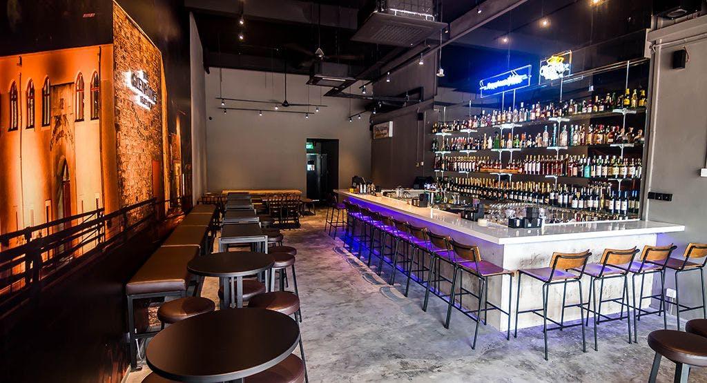 bar ROOM Singapore image 1