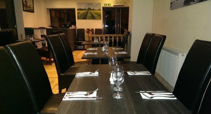 Dadyal Restaurant Newcastle image 3