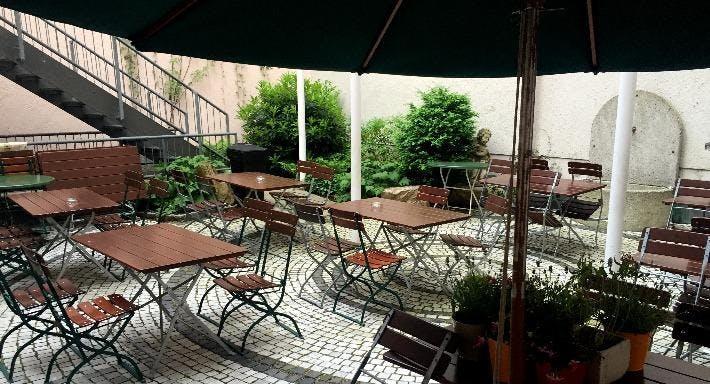 Stadtbar im Hotel Exquisit München image 10