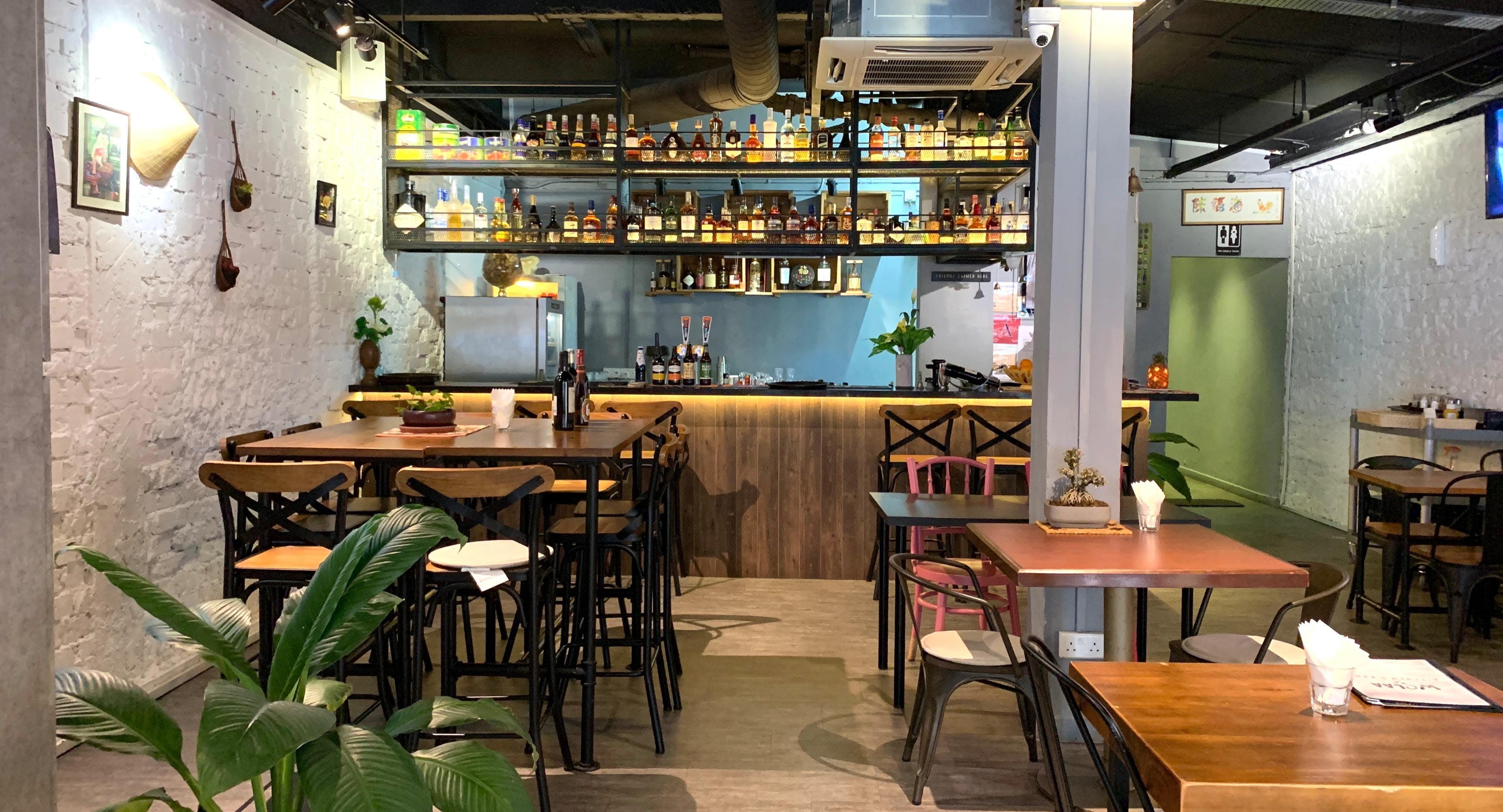 WOLAA Kitchen & Bar