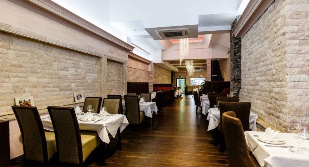 8848 Restaurant Aberdeen image 1