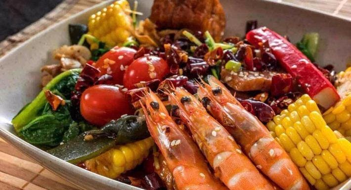 Man Zhu Steamboat Restaurant