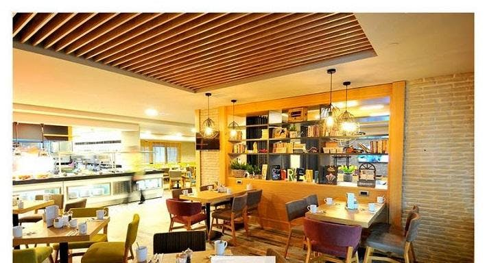 Bistro Rocca Istanbul image 2