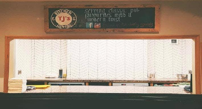 TJ's Kitchen & Dining Worcester image 2