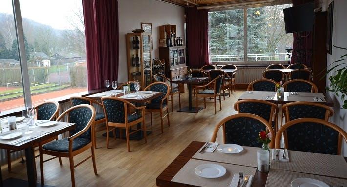 Restaurant Blau Schwarz