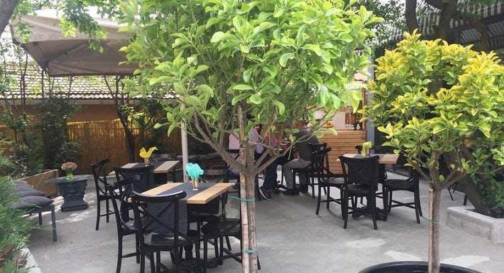 Noyno Cafe Patisserie