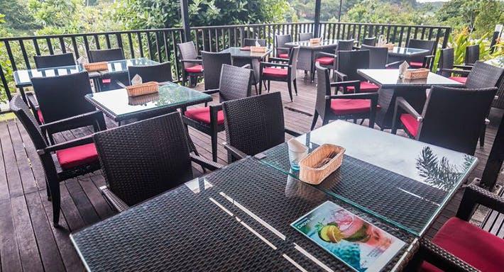 Cafe Frienzie Bar & Bistro Singapore image 5