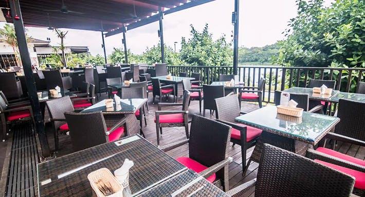 Cafe Frienzie Bar & Bistro Singapour image 3