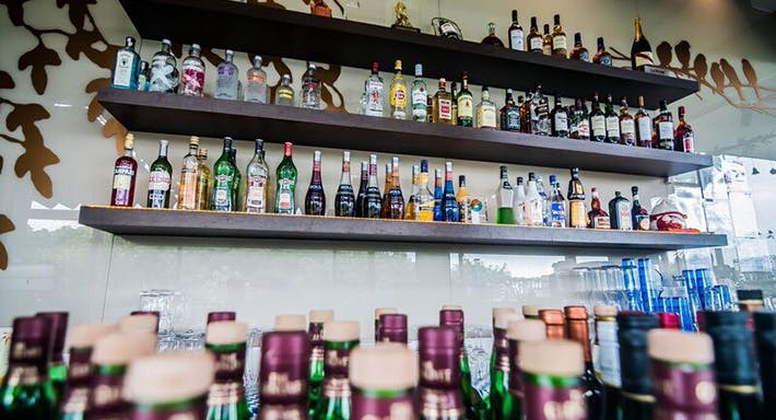 Cafe Frienzie Bar & Bistro Singapour image 2