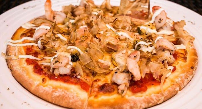 Cafe Frienzie Bar & Bistro Singapore image 9