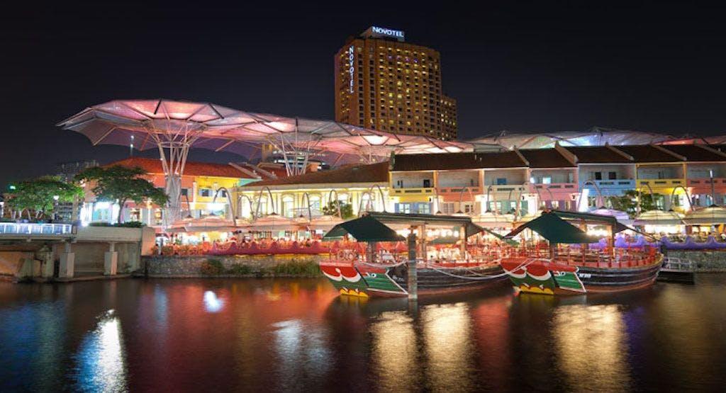 Tongkang Riverboat Dining Singapore image 1