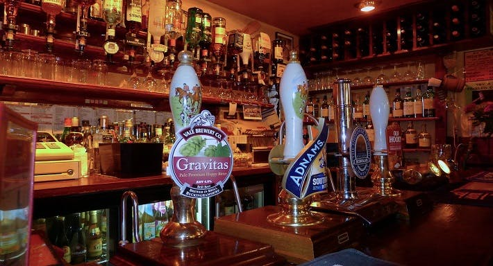 The Rose and Crown Oxford image 3