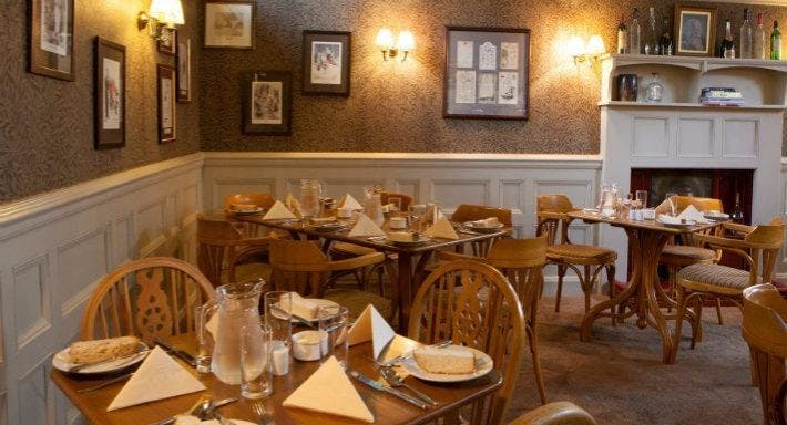 The Lamplighter Dining Rooms Windermere image 5