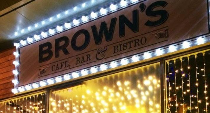 Brown's Bar
