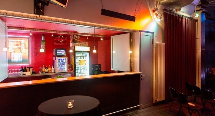 Lola Bar Hamburg image 2