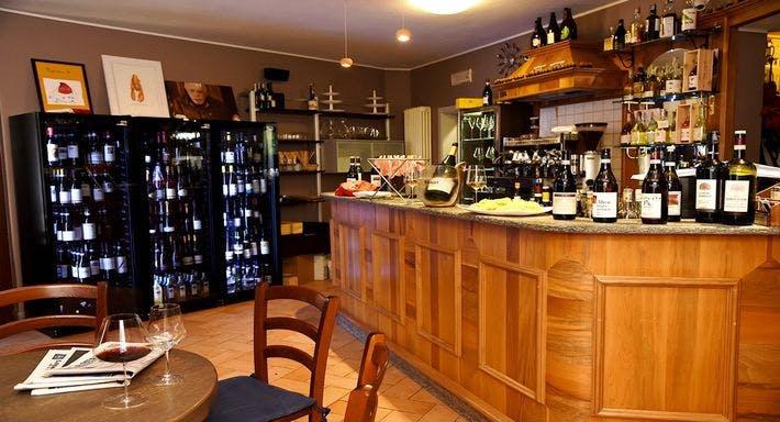 Degusto Enoteca con Cucina Cuneo image 10