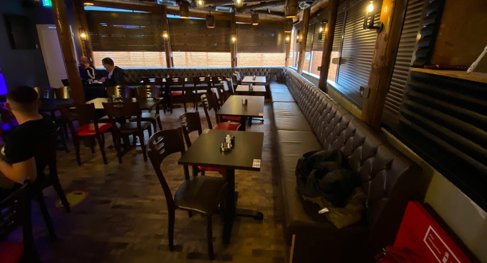 Wolf Lounge