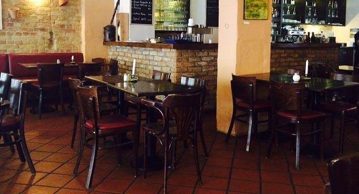Restaurant Jalla Jalla Berlin image 2