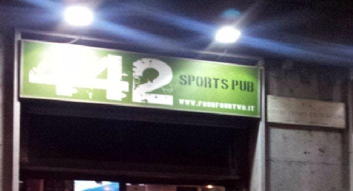 FOUR FOUR TWO Sports Pub