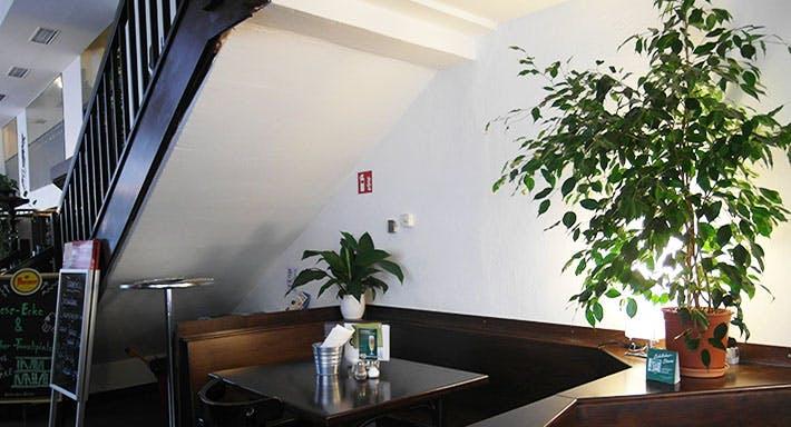 Restaurant Tunnel Vienna Live Wien image 4