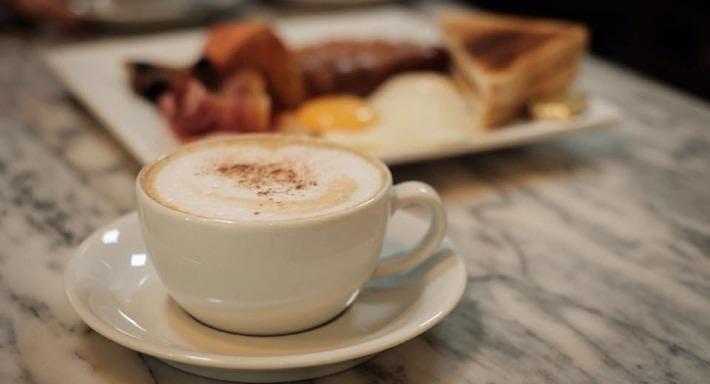 Leo Cafe Bournemouth image 3