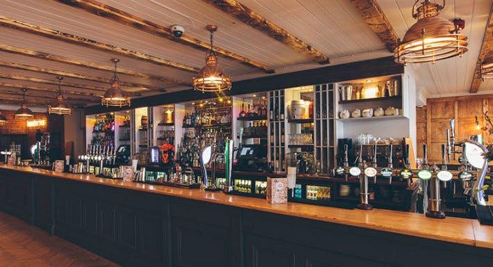 The Liquor Station London image 4