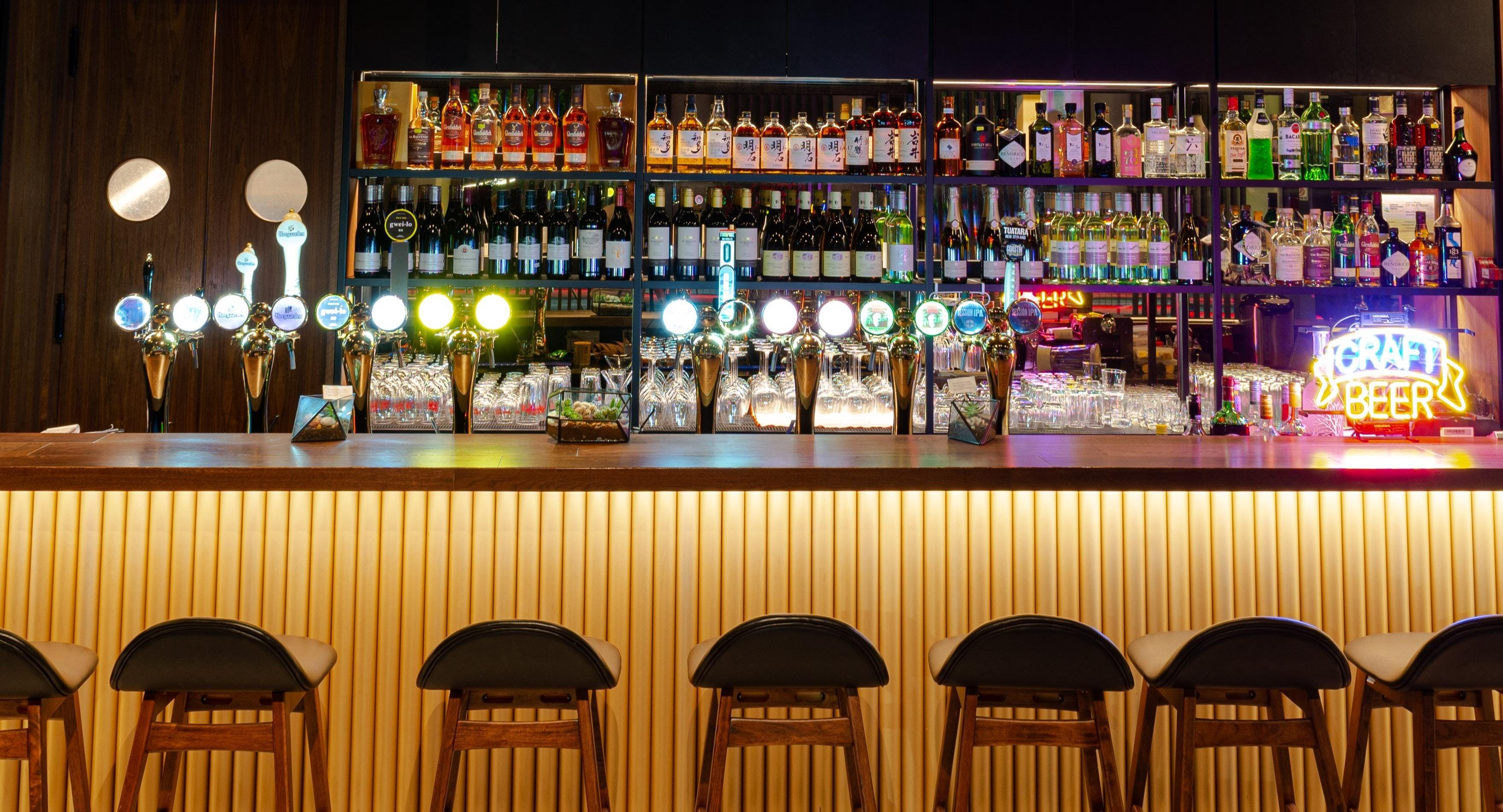 Viio Gastropub Restaurant & Bar
