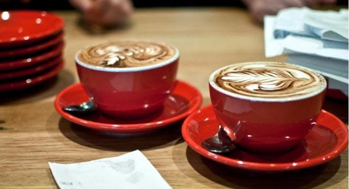 8 Days Cafe