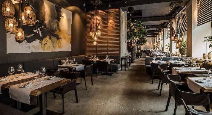 AURA Restaurant Zurich image 2