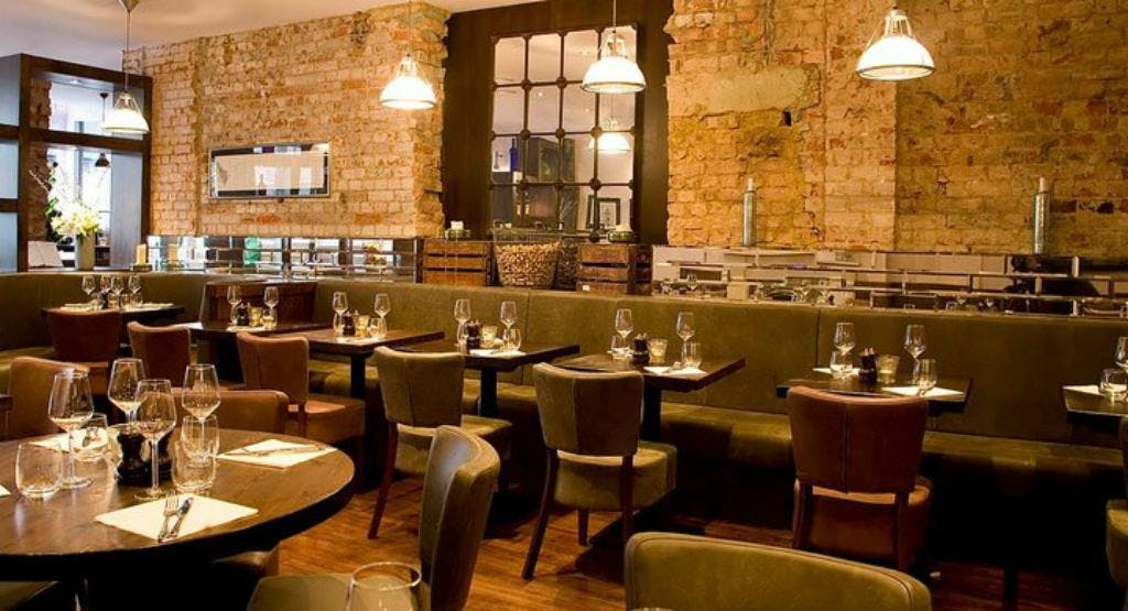 The Fulham Wine Rooms London image 1