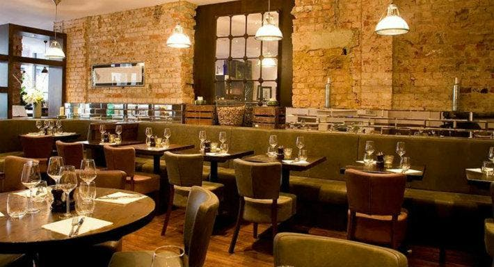 The Fulham Wine Rooms London image 6