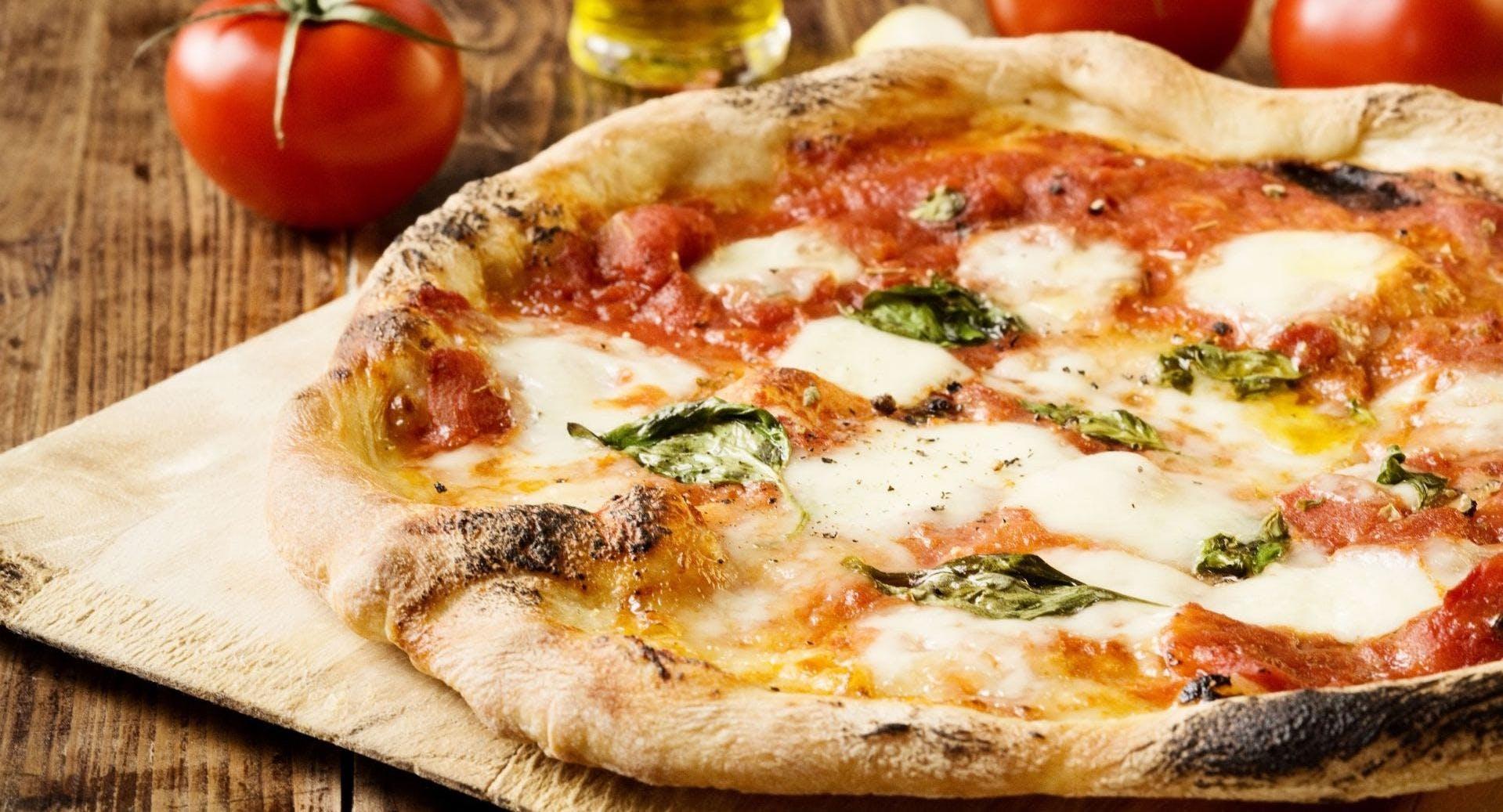 La Mamma Restaurant Pizzeria