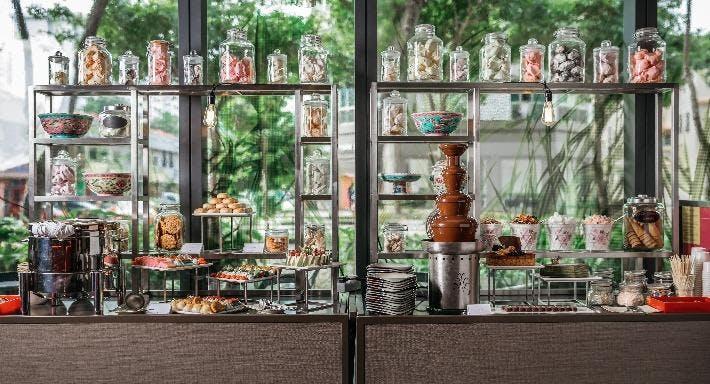 Escape Restaurant & Lounge Singapore image 3