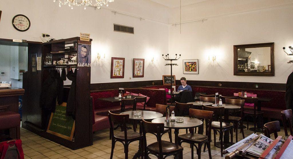Café Hegelhof Wien image 1
