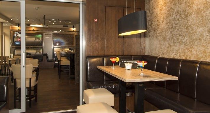 Cafe Cosmopolitan Wien image 4