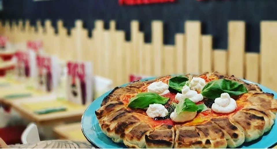Meb Pizzeria Hamburgeria Caserta image 2