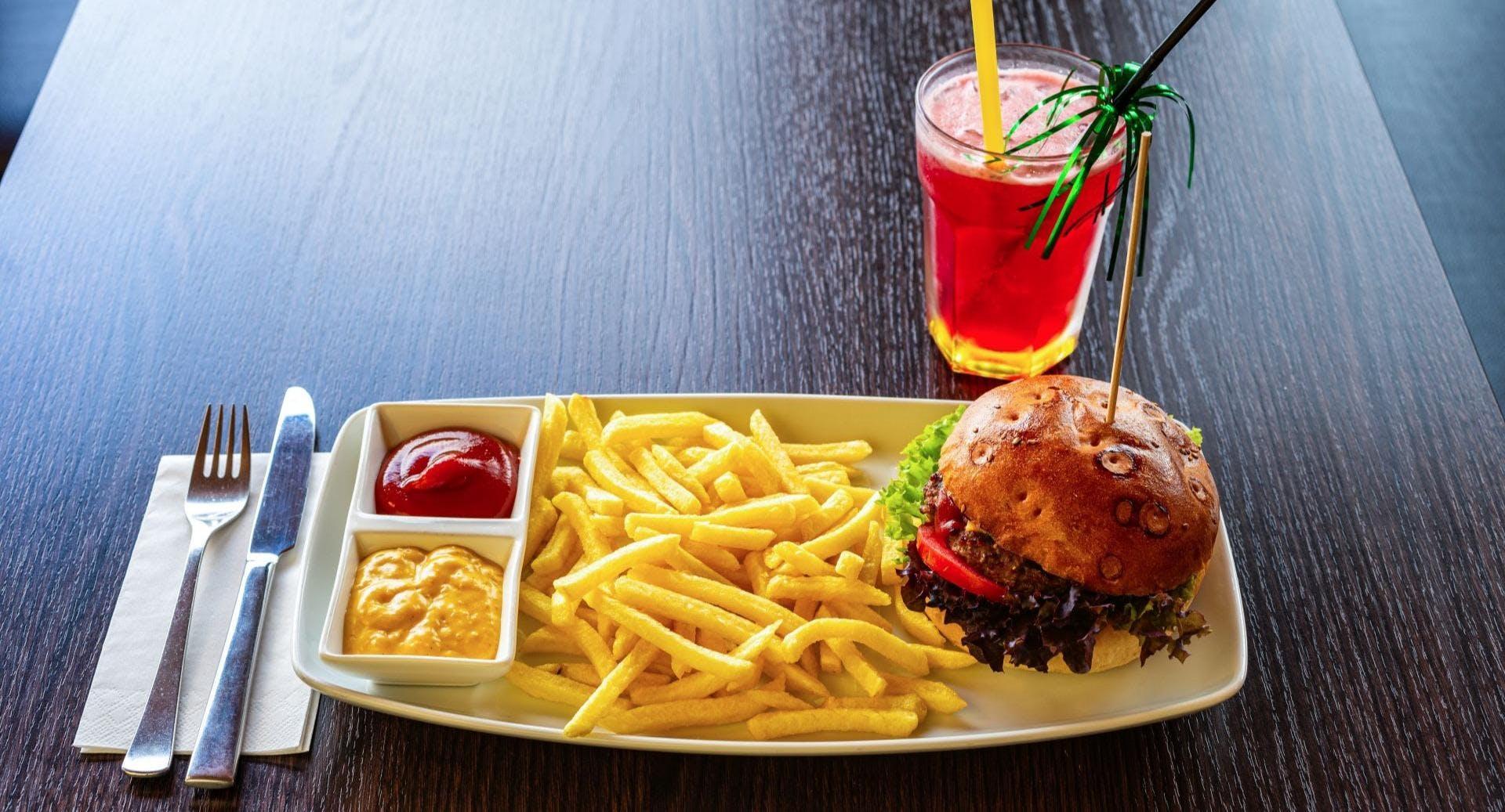 Happy Smile Burger