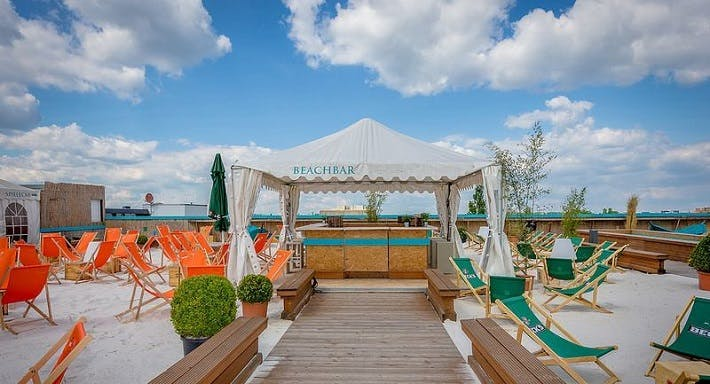 Sky & Sand Beachclub