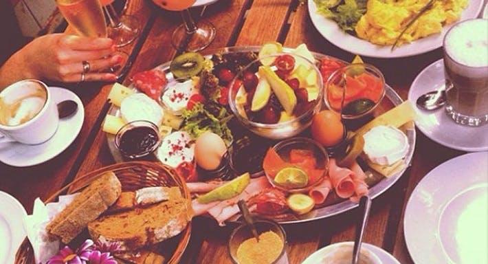 Café Futuro Berlin image 4