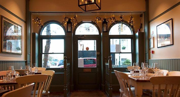 Liz Restaurant & Bar